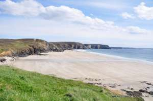 wonderful sandy beach veryach.JPG