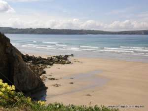 beach kerloch view to cap dinan.JPG